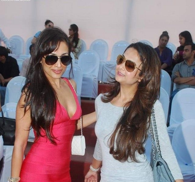 Malaika Arora Khan Hot Photos In Jindal Polo Match Launch Party cleavage