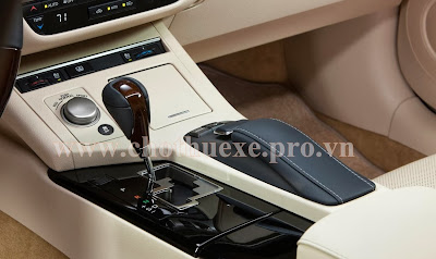 Cho thuê xe Lexus VIP ES350 tại Hà Nội 1
