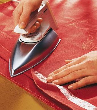 Fazer bainhas de calças à mão