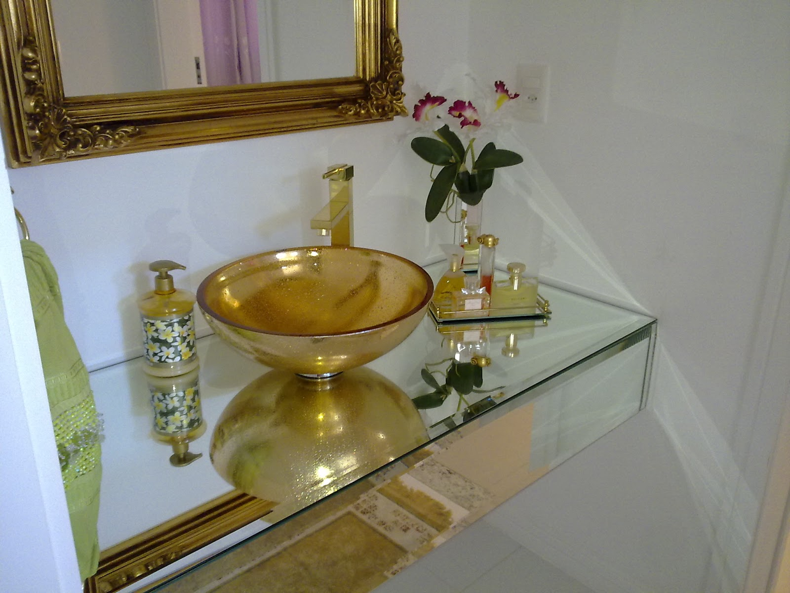 Construindo Minha Casa Clean Banheiros e Lavabos Decorados com Cubas Douradas! -> Cuba Para Banheiro Na Tend Tudo