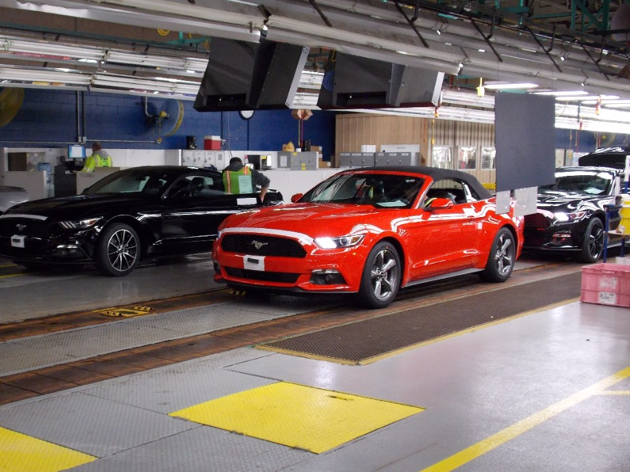 2015 Mustang Convertible Headed to Ford Dealers