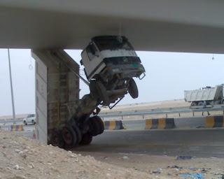 Camião frente levantada