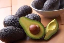Abacate reduz colesterol mais que dieta