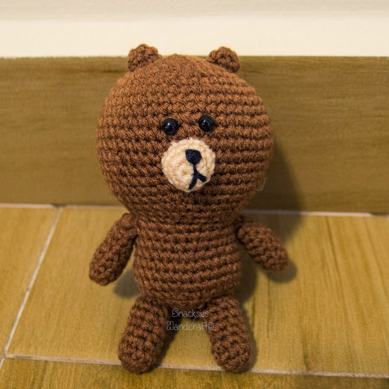crocheted-line-brown-amigurumi