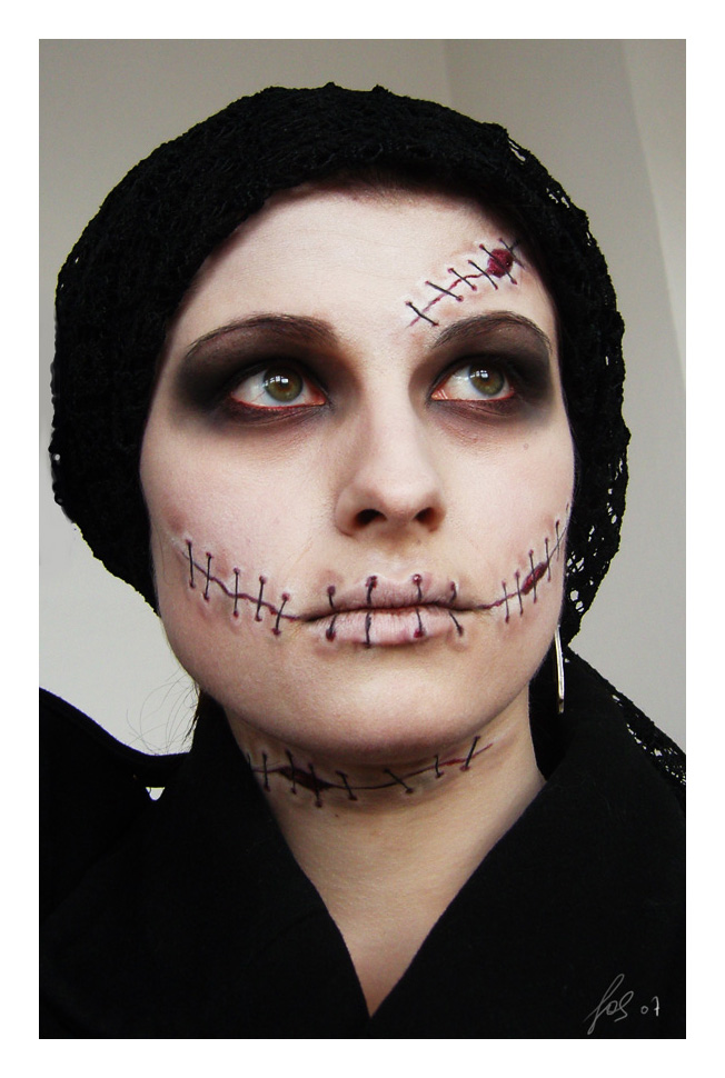 Inspired Admired: Halloween Costume Ideas 2012 - Simple Halloween Face Makeup