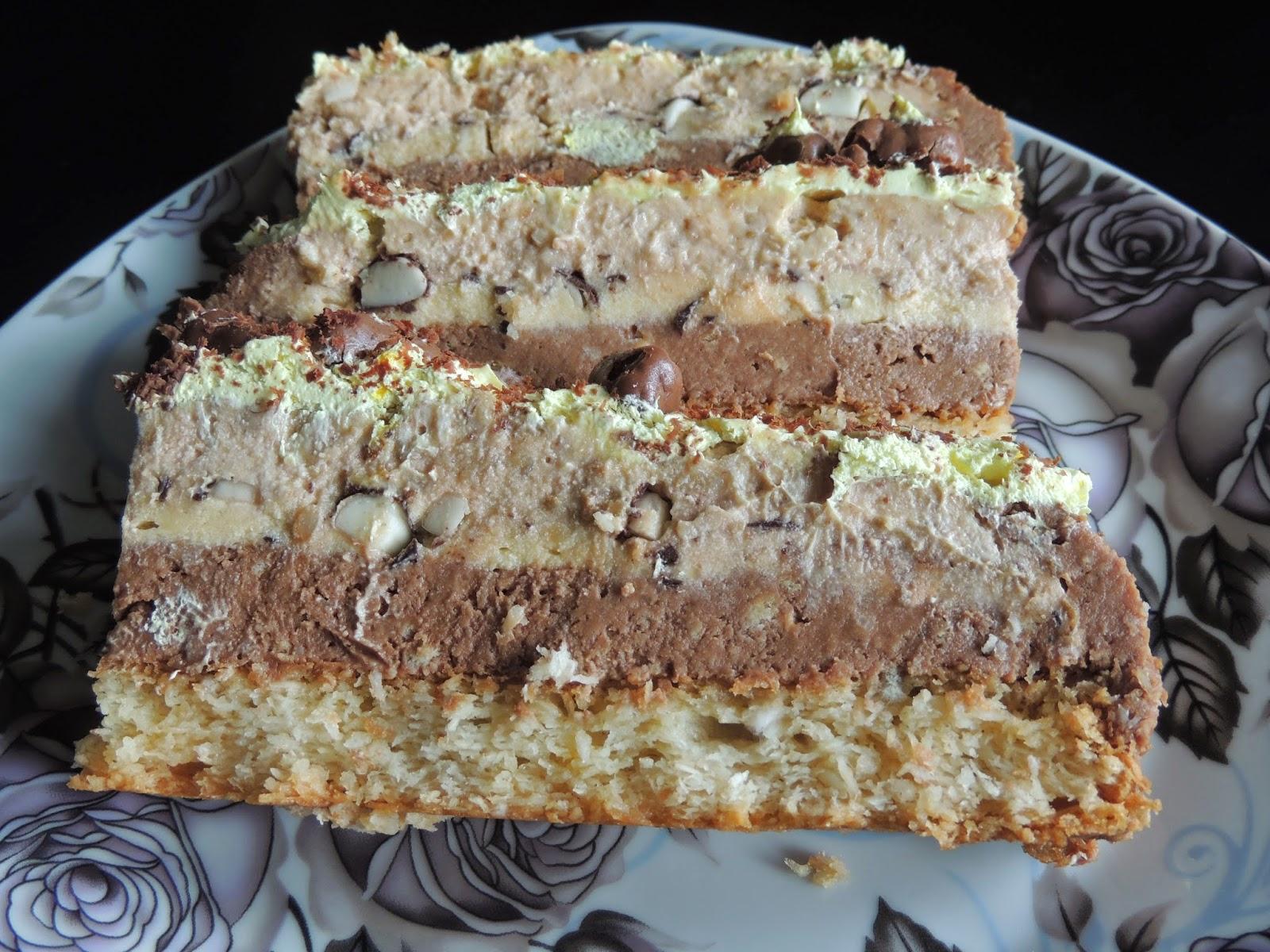 Najlon torta sa mlevenim keksom, orasima i cokoladom