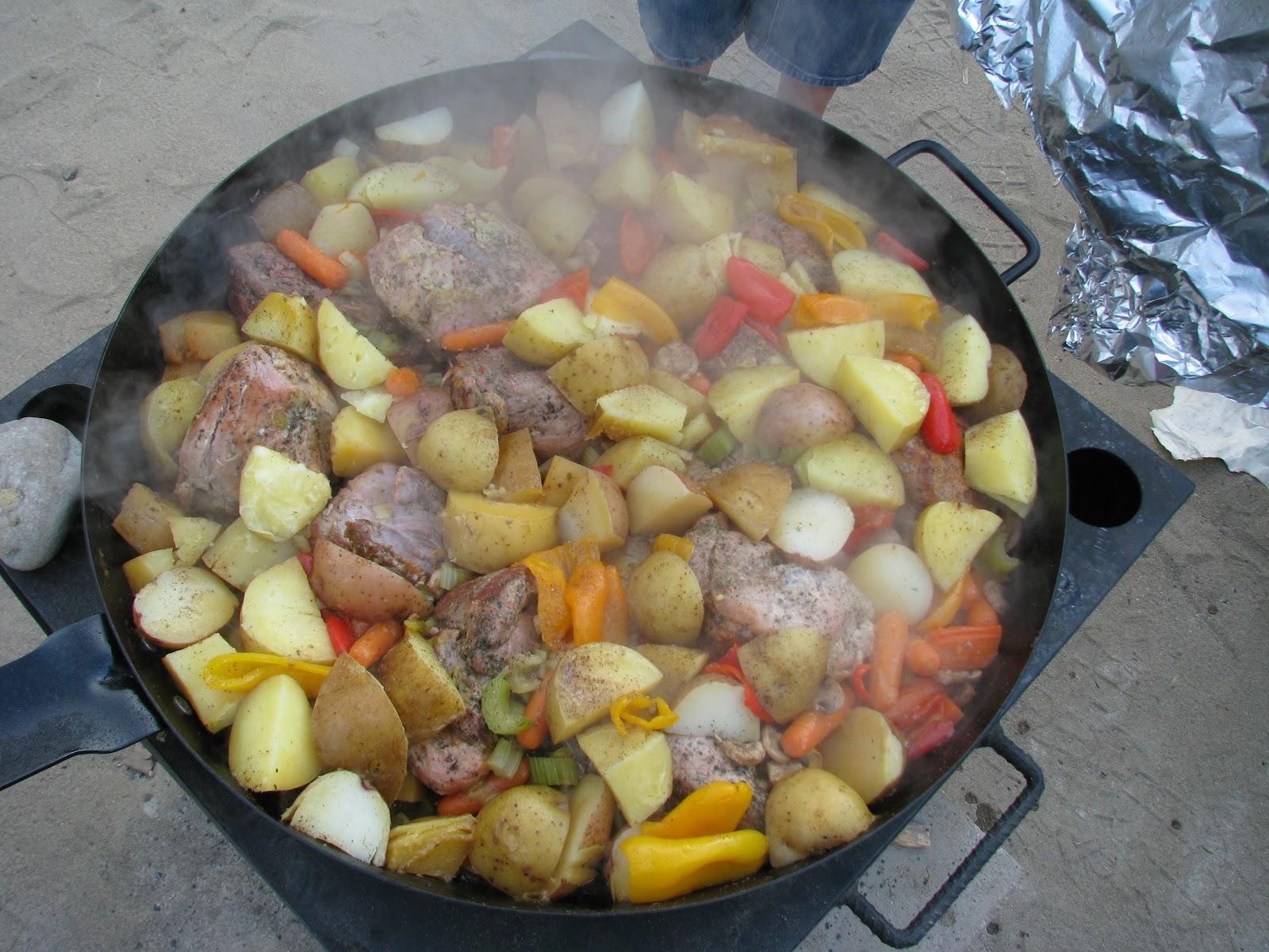 Trailhead kitchen dutch oven cooking outdoor dutch oven for What to cook in a dutch oven camping