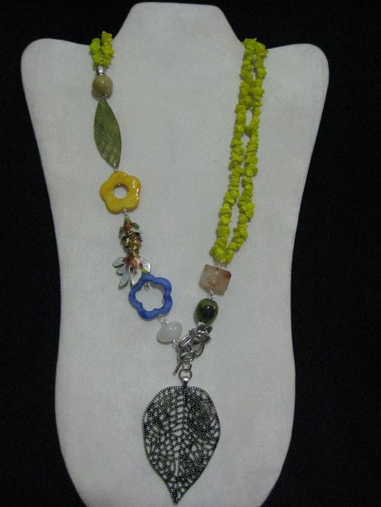 C04118 Collar Nacar, Agata, Cloisonet y Hoja