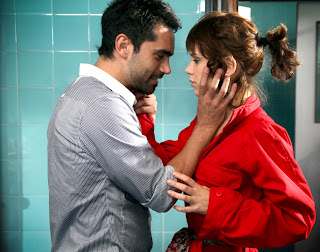 Imagenes de Lobo con Gonzalo Heredia y Vanessa Gonzalez
