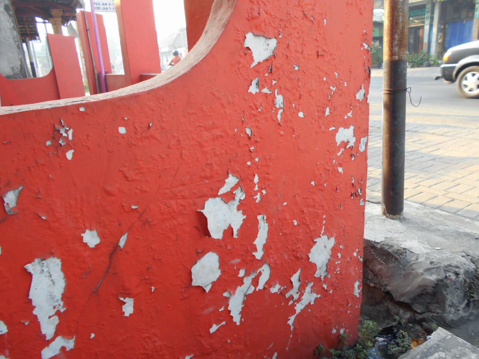 UVCOOL Paint  Cara Mengatasi Tembok yang Mengelupas dan Rusak f174f0e016