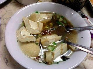 Pempek - Kuliner di Palembang