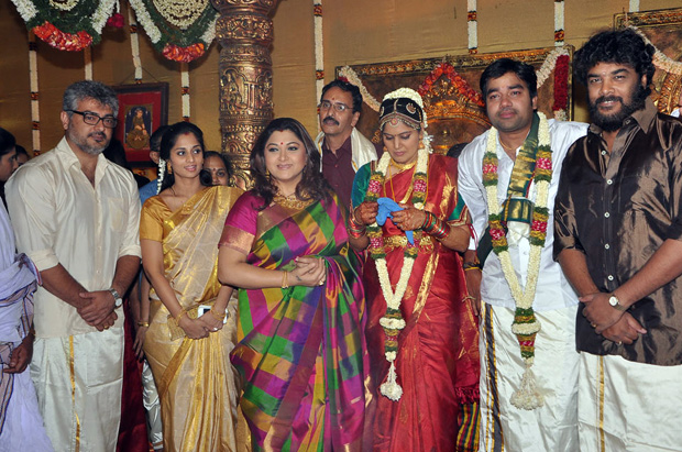 Andhrazone Tamil Actor Shiva Wedding Photos