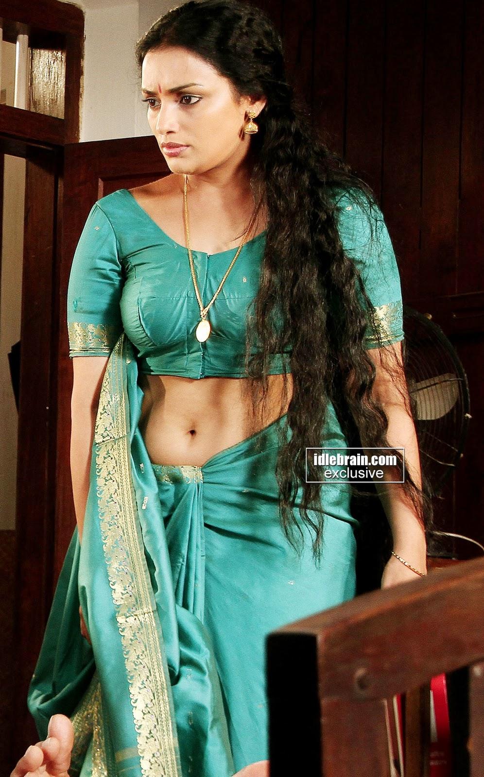 Lakshmi menon unseen boobs show in public - 2 1