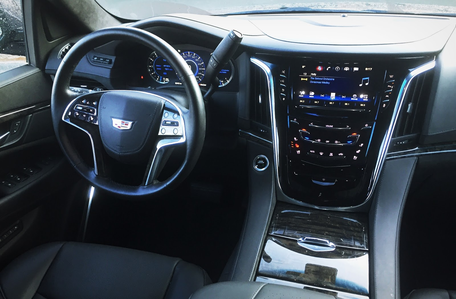 interior of the 2015 platinum cadillac escalade autos post