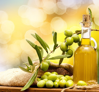 Moisturizers and soaps made with olive oil are extremely nourishing and natural.