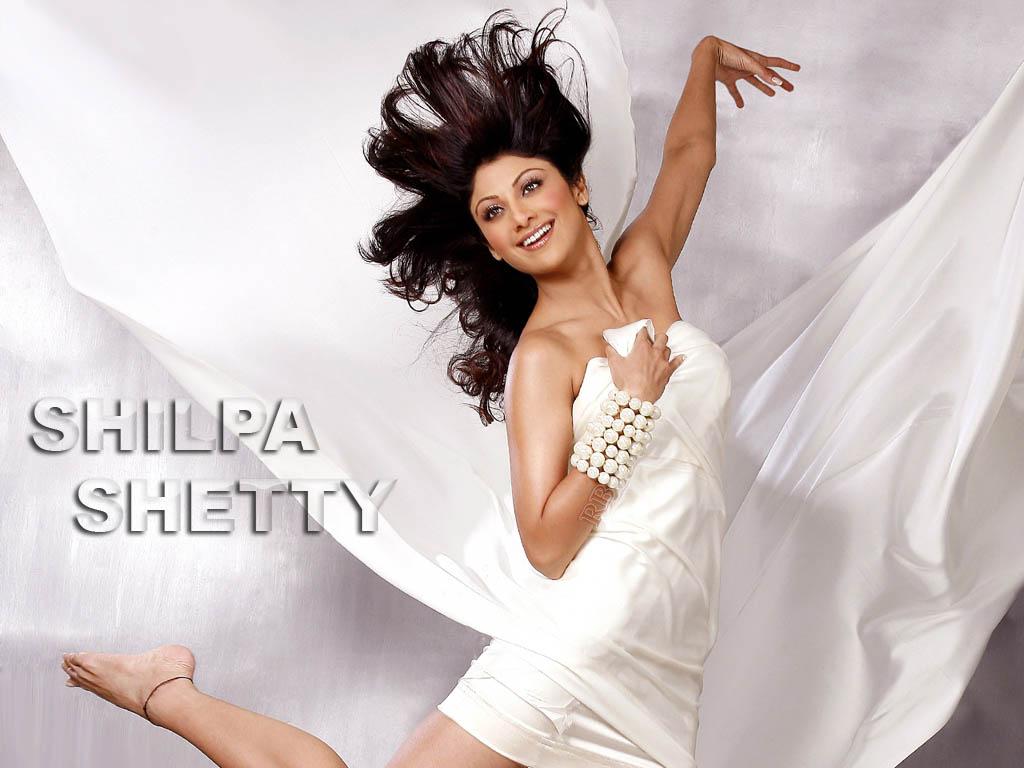 Hot Shilpa Shetty Sizzling