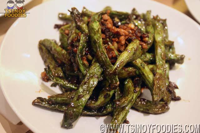 sauteed string beans minced pork chili