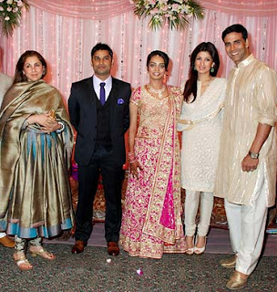 Dimple Kapadia with family