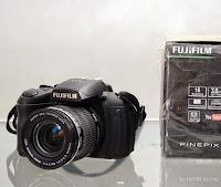 harga Fujifilm HS35 EXR - Kamera Bekas Malang
