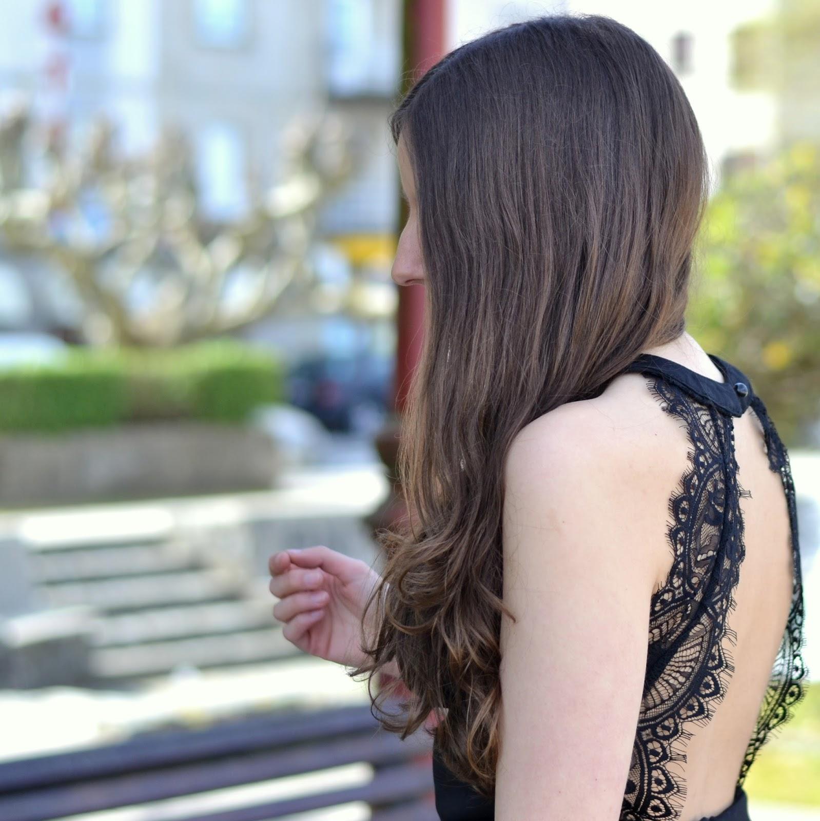 yudani, vestido con escote en la espalda