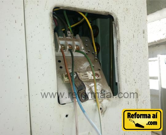 Instalação elétrica comprometida ar condicionado