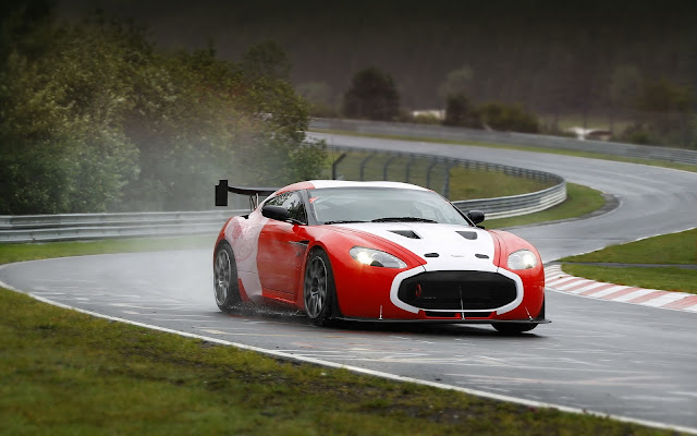 Aston Martin V12 Zagato 2011