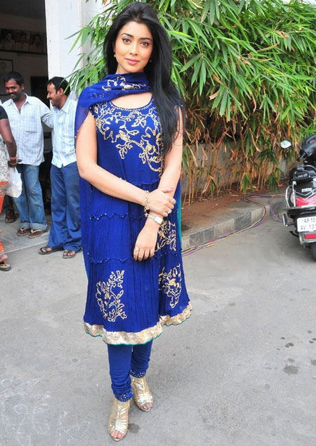 Shriya Saran - Shriya Saran Stills in Blue suit