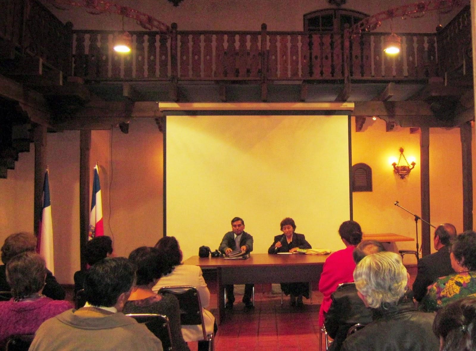 Primera presentación del libro Destinos en Sala Pedro Lagos de Chillán Viejo (4 abril 2013)