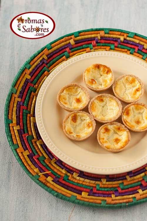 Empadinhas de queijo