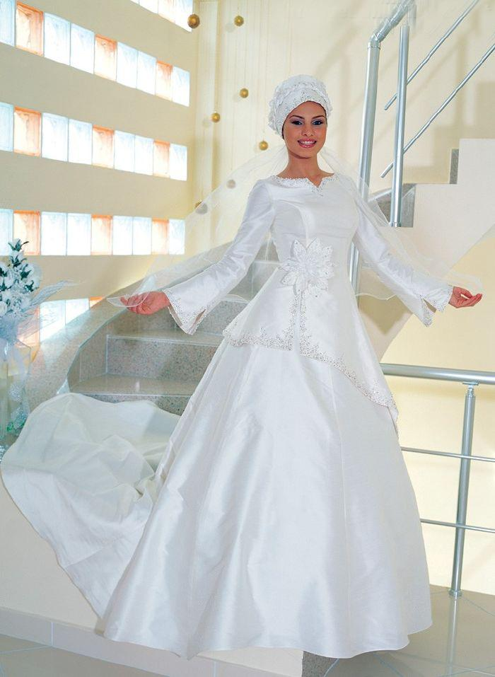 Muslim bridal gowns girl tattoos designs gallery muslim for Muslim wedding dress photo
