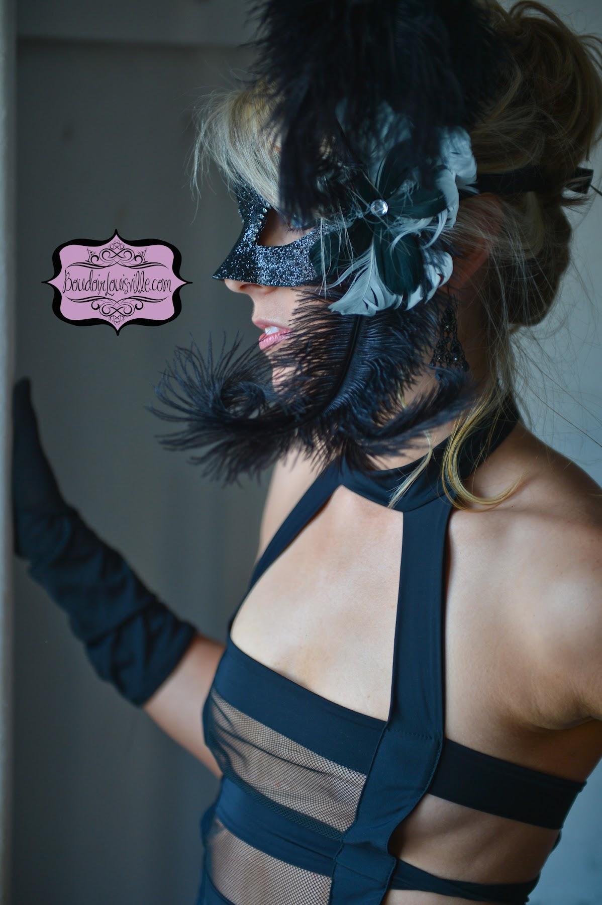 http://1.bp.blogspot.com/-Hj8jsidIQK8/UHwf_0e600I/AAAAAAAAJJA/g1CcxQoP86Y/s1800/50+shades+of+gray+boudoir+photo+shoot+-+Boudoir+Louisville-8.jpg