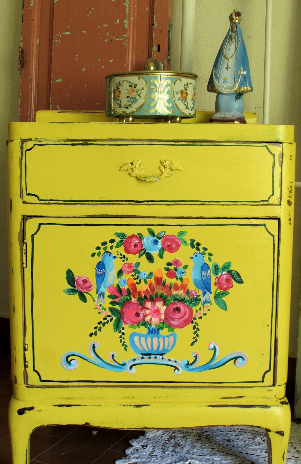 Muebles restaurados y pintados las vidalas - Muebles de madera pintados a mano ...