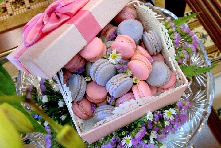 Malay Wedding Gift Exchange : Inspiration Songket Affairs : Fab Fridays (Fancy Treats): Macarons ...