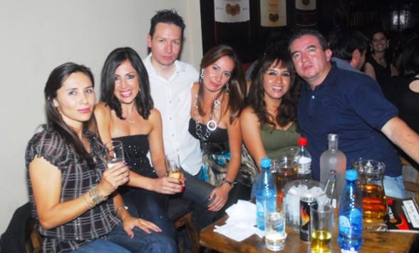 Discotecas restaurantes club social y pubs share the for Sala 976 latin palace