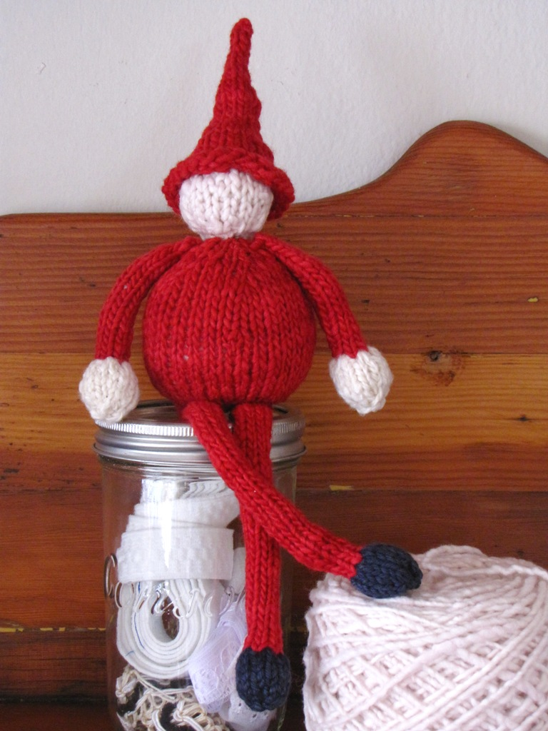 Christmas Gnome Knitting Pattern : Christmas Gnome Pattern and a Giveaway - Natural Suburbia