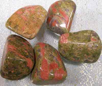 Piedras curativas unakita for Piedras curativas propiedades