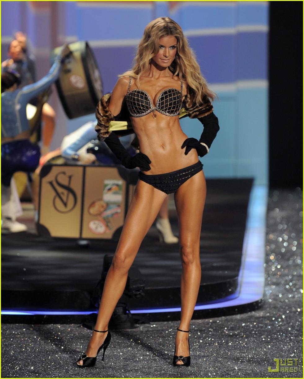 Mis modelos favoritas y otras obsesionesMarisa Miller Victorias Secret Fashion Show