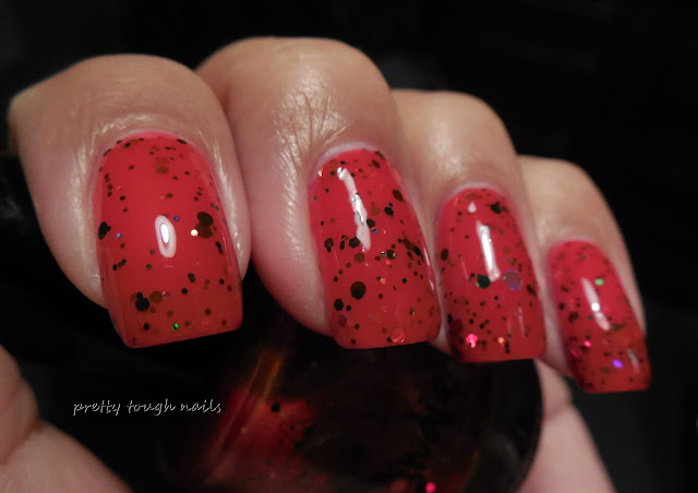 Jindie Nails Kiss Me Under The Mistletoe