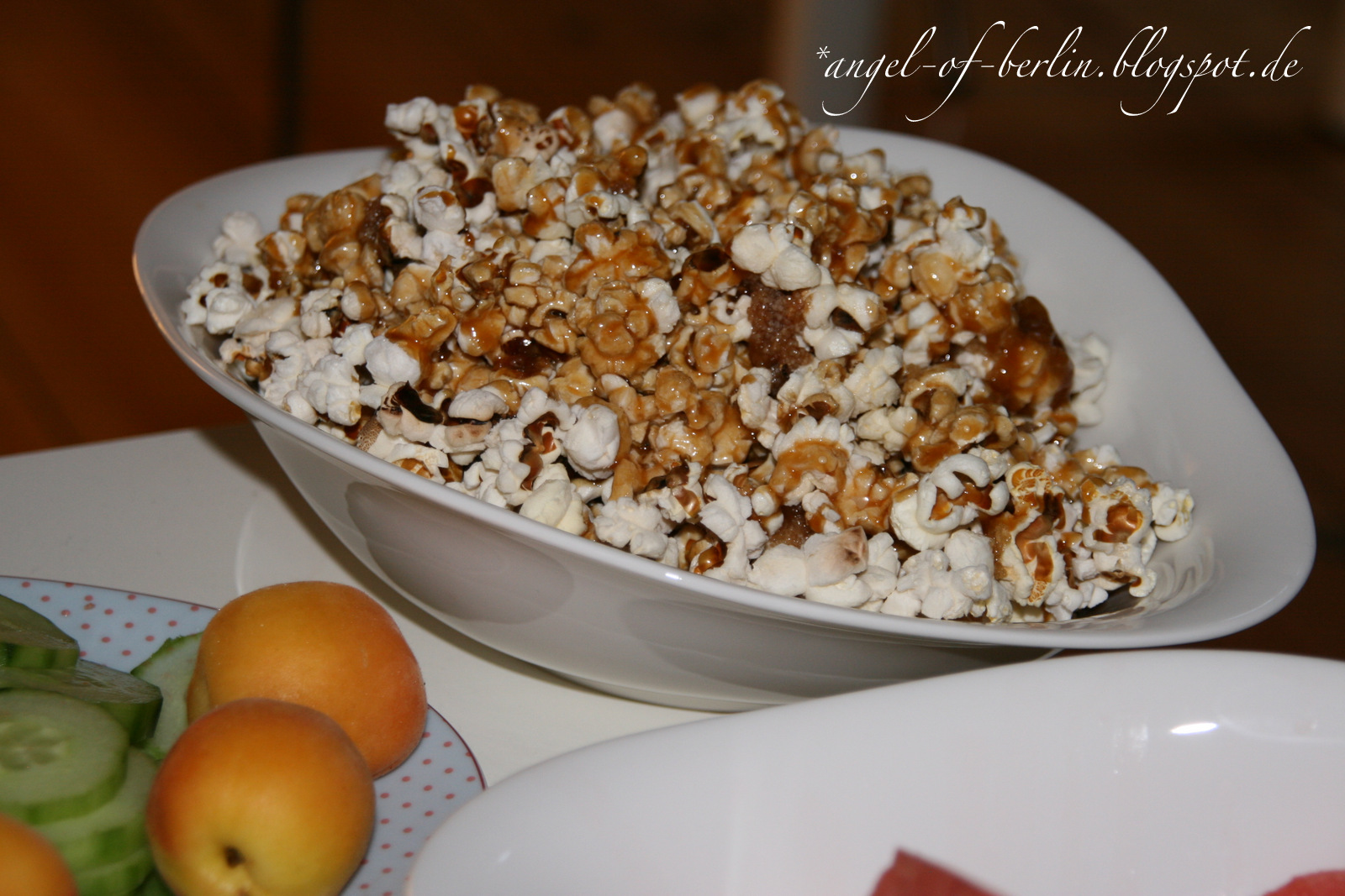 rezept rice krispie treat und karamell popcorn the. Black Bedroom Furniture Sets. Home Design Ideas