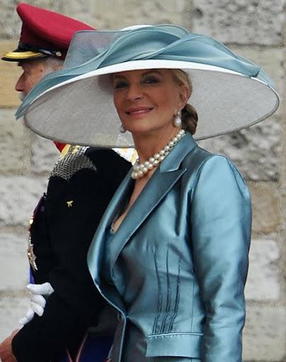 Принцеса Майкъл от Кент с огромна шапка с периферия на кралската сватба