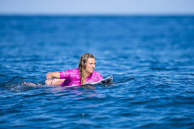 35 Lakey Peterson Fiji Womens Pro Fotos WSL  Stephen Robertson