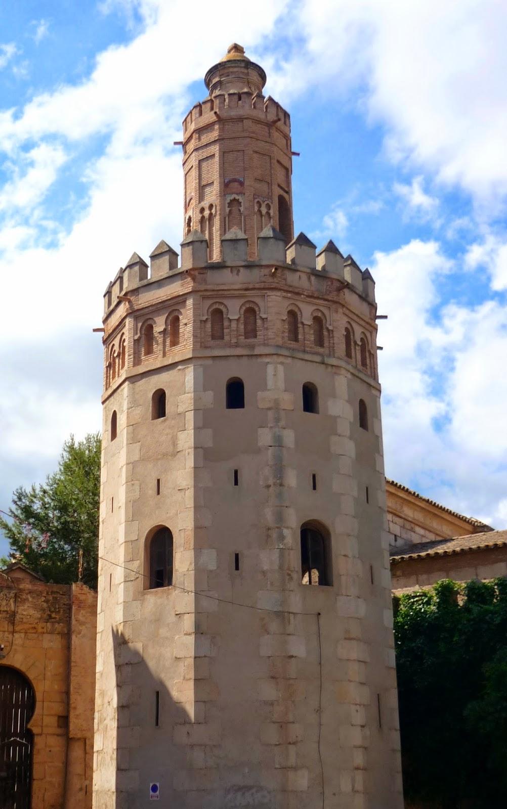 torre oro pueblo español mallorca