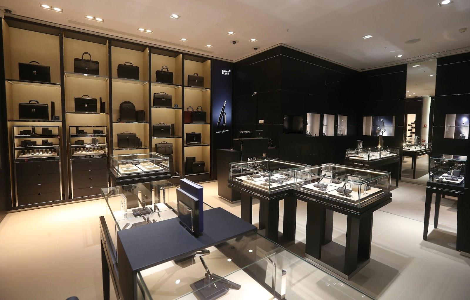 esta o cronogr fica inaugurada boutique montblanc no porto. Black Bedroom Furniture Sets. Home Design Ideas