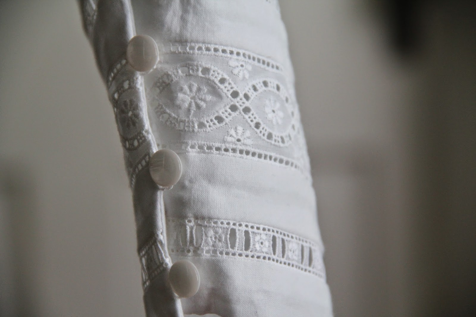 sleeve cuff with swiss insertion lace