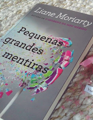 Book Tour - Pequenas Grandes Mentiras