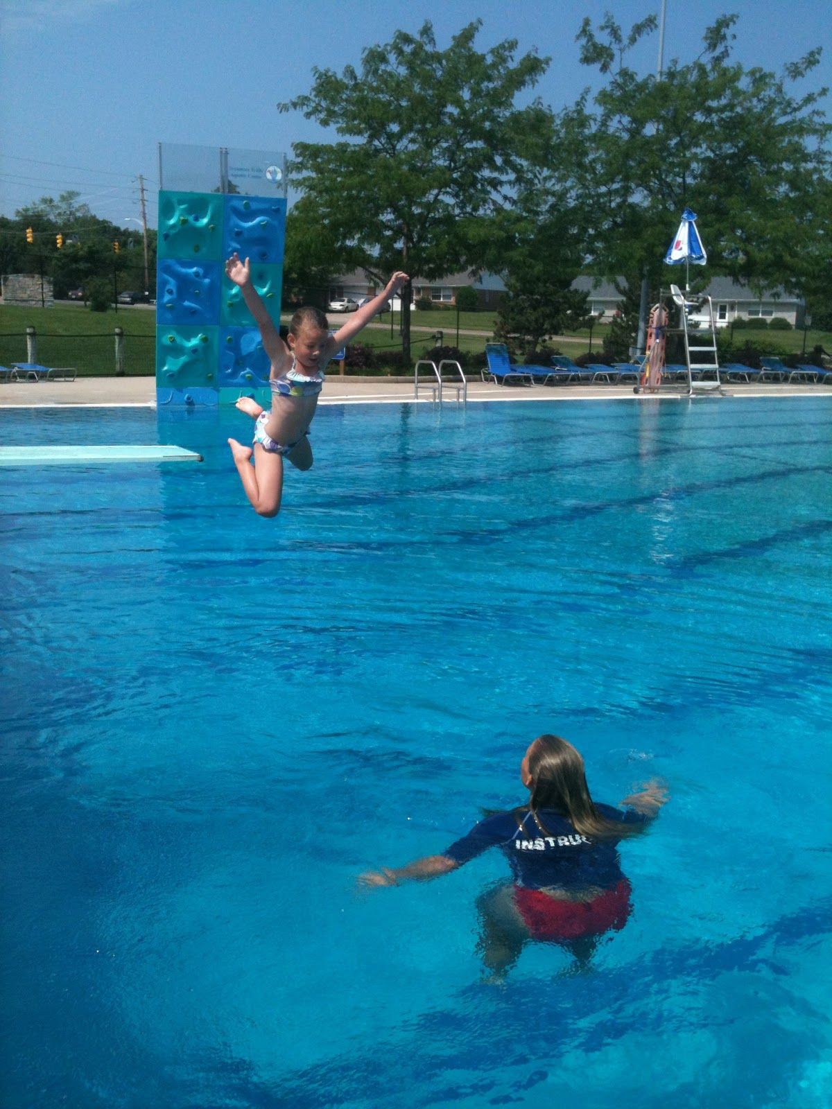 Precious girls pool tricks for Swimming pool diving board tricks