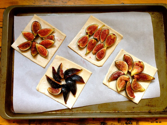 plant-based fig tarts
