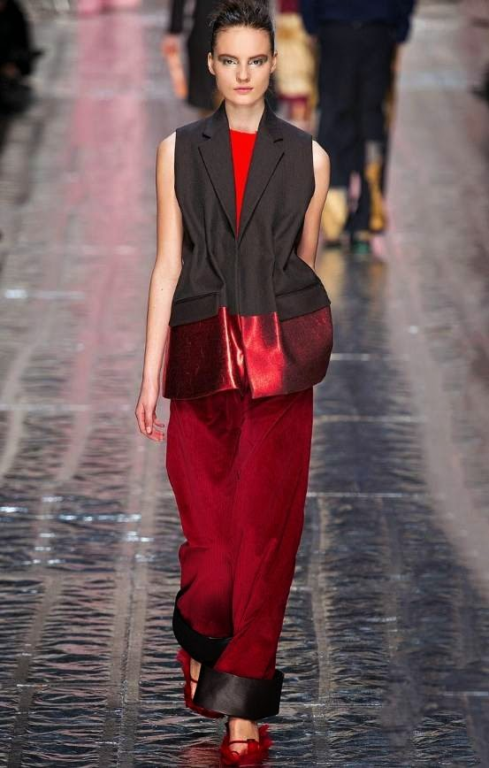 fashion-show-2014-acne-coat-red-black-burgundy