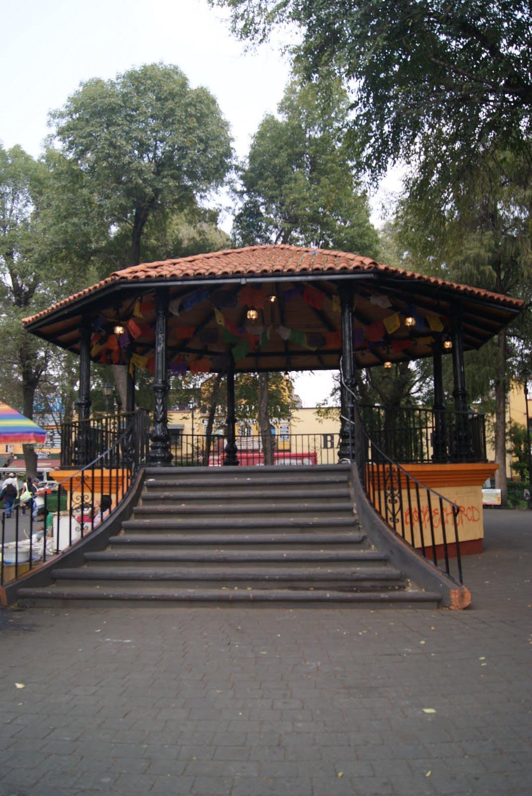 Instant neas de la ciudad kiosco jard n ju rez for Jardin xochimilco