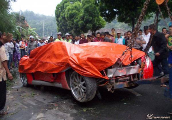 Foto-Mobil-listrik-Tucuxi-Ferrari-Kecelakaan_3
